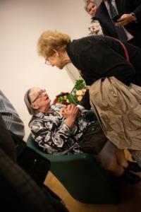 Svi su mogli profesorici čestitati rođendan i s njom porazgovarati nakon formalnoga dijela susreta.